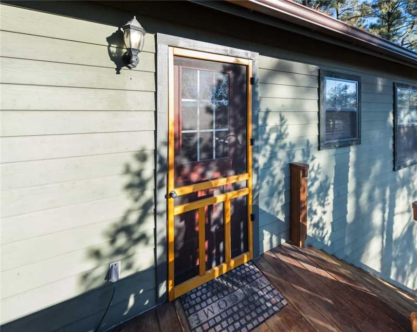 Welcome to Pinecone Cabin! - From the moment you pull into the driveway you'll know that you've booked your vacation stay in a special place.
