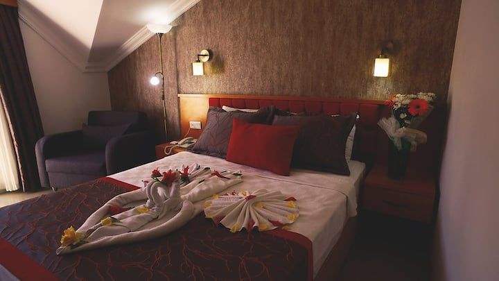 GREEN FOREST HOLIDAY LAND VIEW ROOM