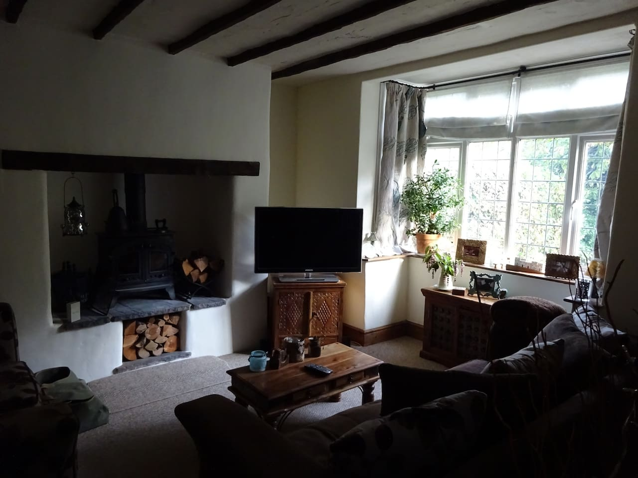 twin/single room close to hospital and  university