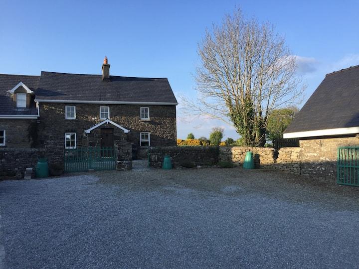 Beautiful Farmhouse Long Term Rental Available