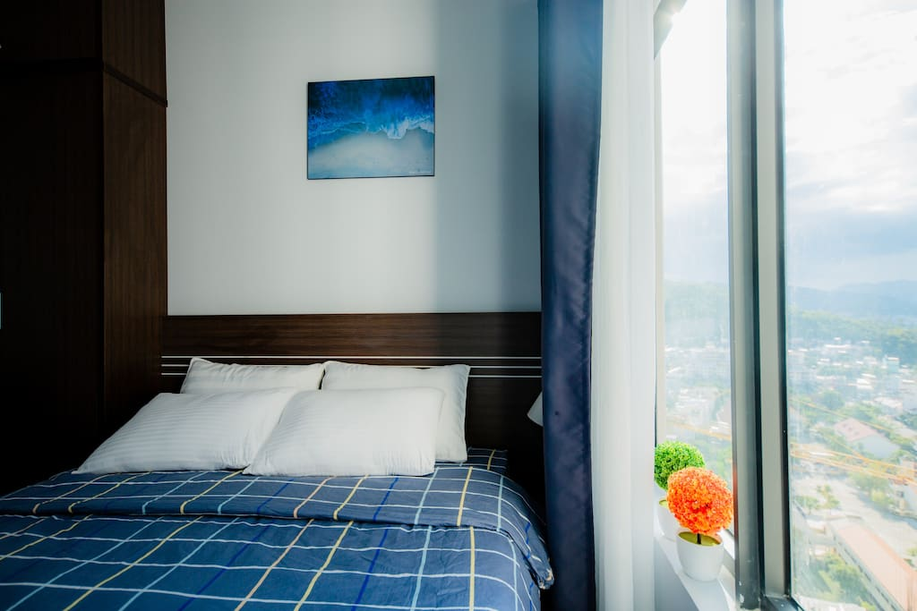Bedroom 1 with city view
