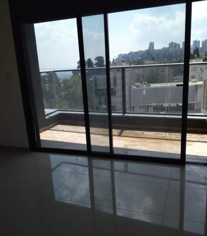 Luxury apartment in Hadar