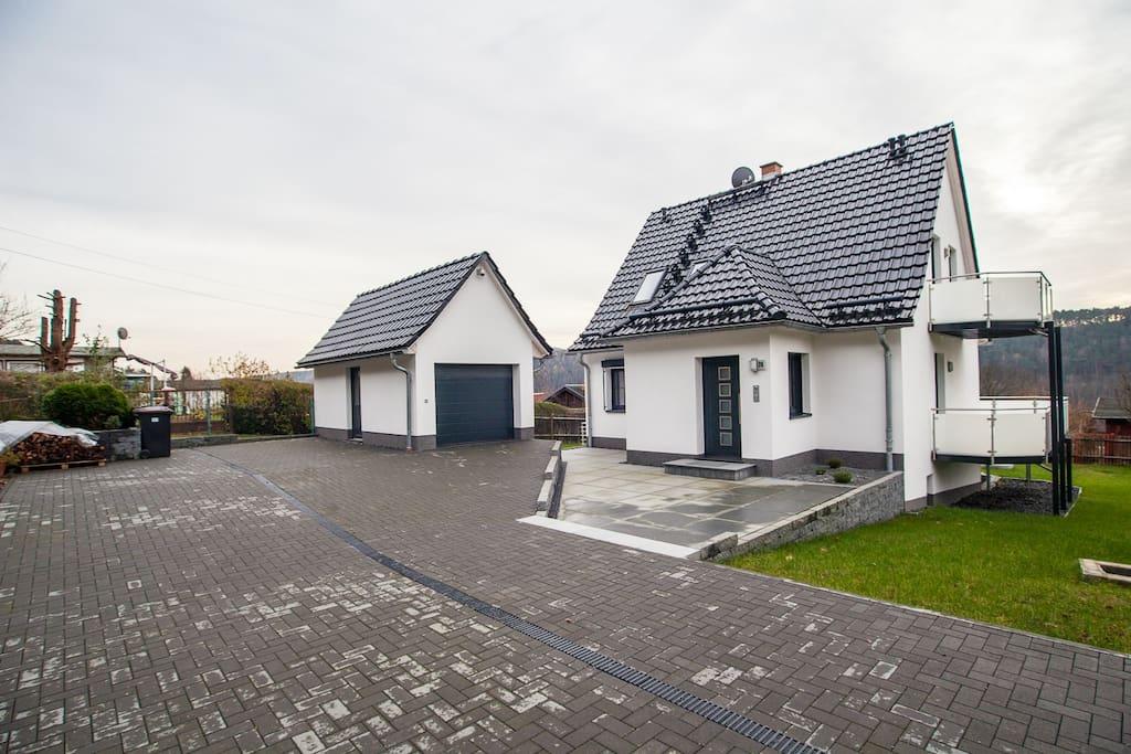 weinberghaus prossen exclusives haus mit aussicht h user zur miete in porschdorf sachsen. Black Bedroom Furniture Sets. Home Design Ideas