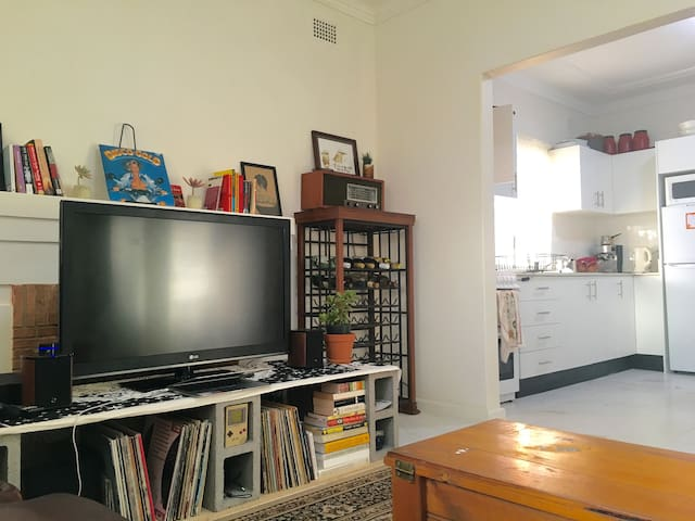 COOL BEACH HOUSE close to parks, 2 mins from beach - Maroubra - House