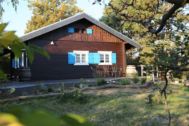Chalet Hirschhase, idyllisches Holzhaus bei Berlin