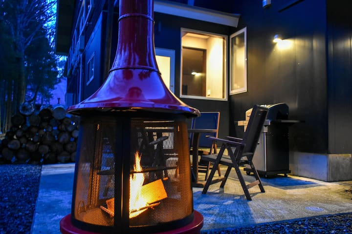 Mojo Lodge: 2 Bedroom apt with breakfast + BBQarea