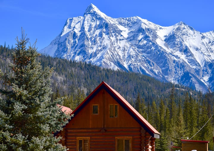 Kingmik Chalet in the heart of the Rockies