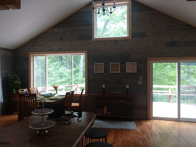 Revamped camp by Maine Cabin Masters