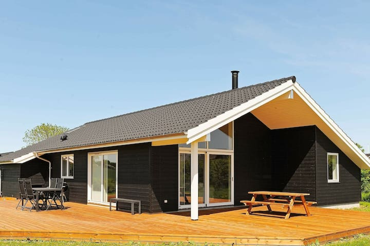 Gorgeous Holiday Home in Frørup Funen with Whirlpool