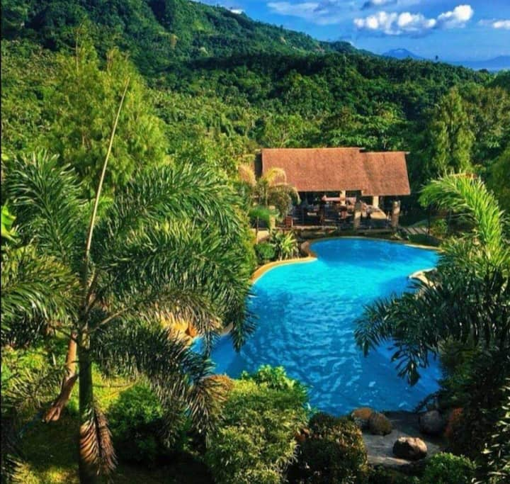 Villa 3 Resort in Tanay Rizal for Groups
