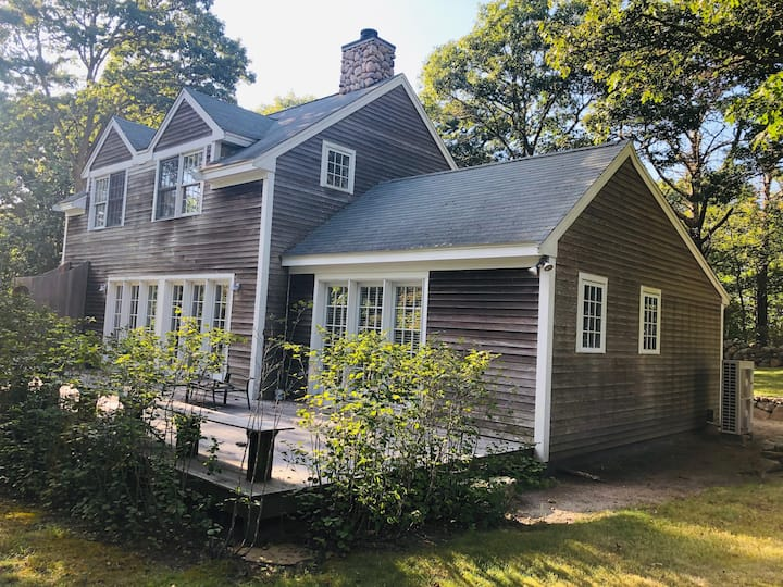 Shell House - Menemsha Inn 3 Bedroom Home-