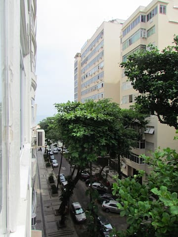Na quadra da praia de Copacabana, Posto 3