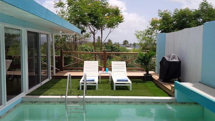 Your little private villa in the sun!