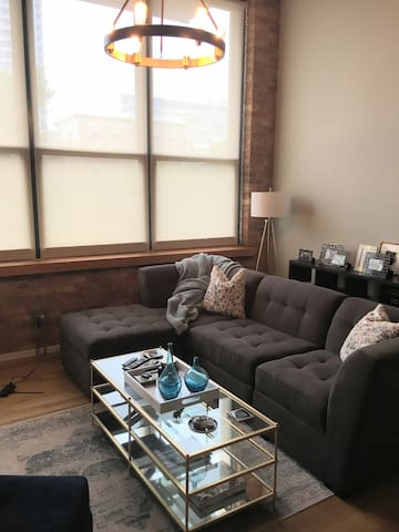 South Loop 1-bed loft (very close to Grant Park)
