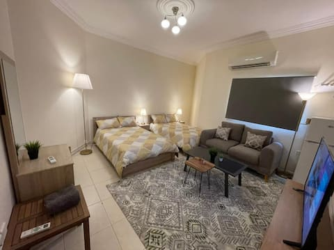 Fully Furnished Studio with 2 Single Beds 6