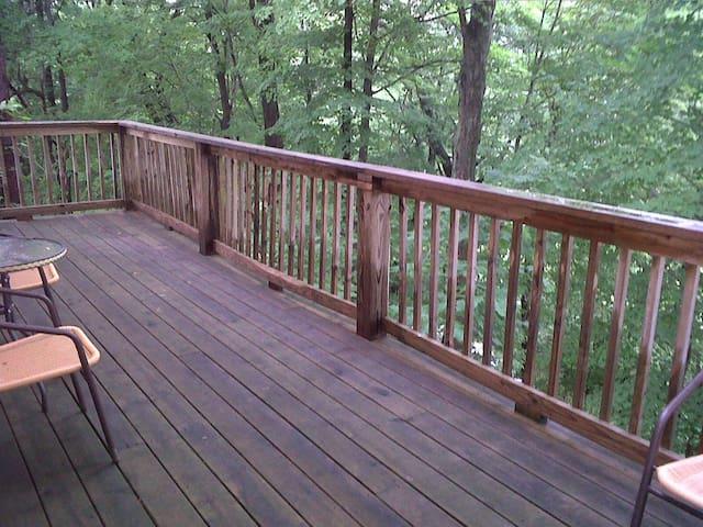 Retreat cabin #7