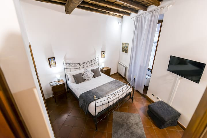 B&B Vicolo dell'Aquila - Leonardo Room -