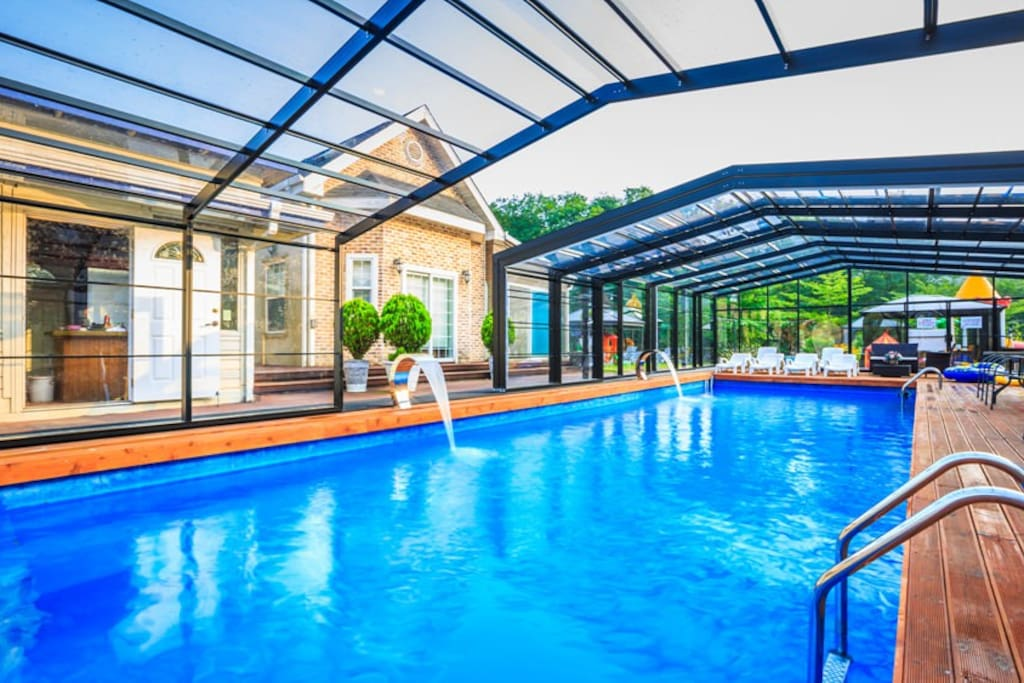 comfortable warm water pool  - all year round opening