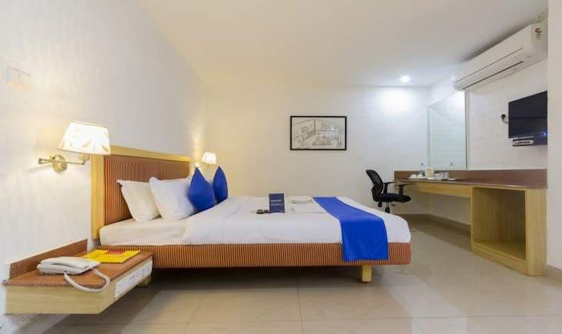 Host of amenities & Economical price in Gachibowli - Rai Durg - Apartament