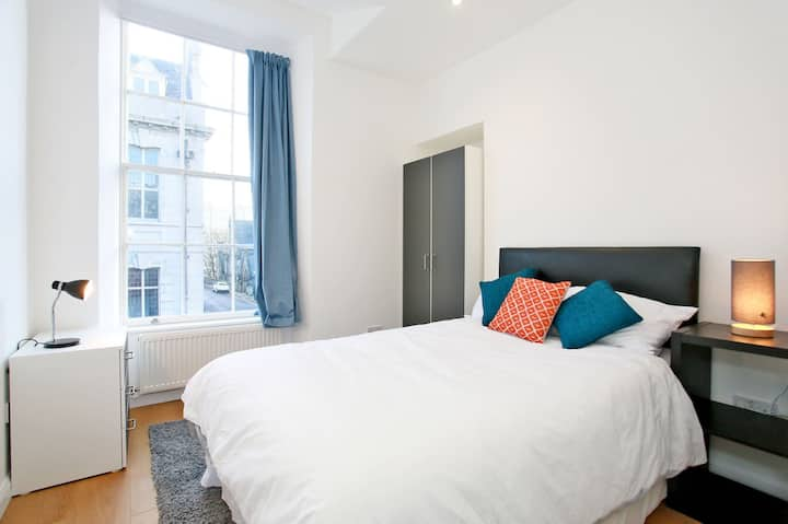 Aberdeen City Centre 2 Bedroom Apartment
