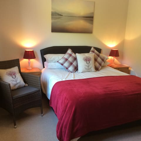 Room in B&B near Stonehaven and Dunnottar Castle