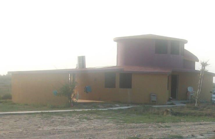 Villa Caracol (5 minutos de la playa)