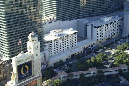 1 BR Condo in the Cosmopolitan Complex Unit Unit#A - Las Vegas - Kondominium