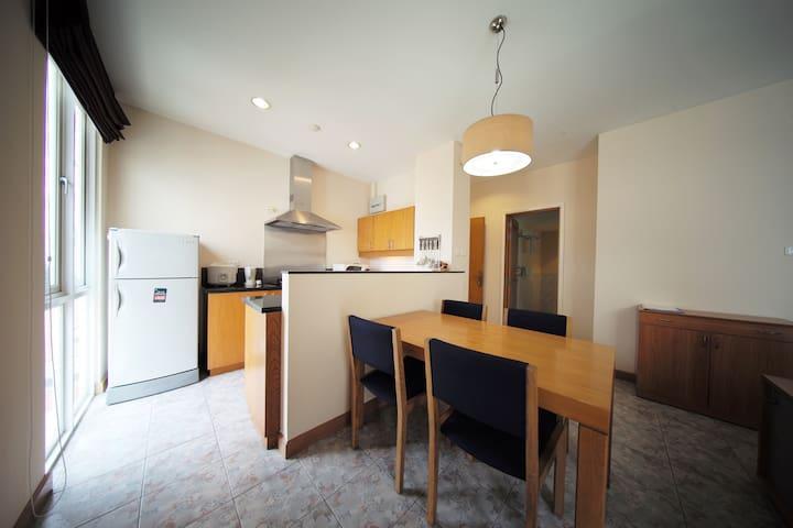 HBT Court - Cozy apartment-Dist.1 CBD Hochiminh