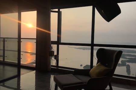 市区海景房,近中国第一滩