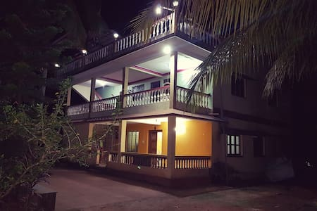 Dev Homestays- Home away from Home (Entire Home) - Sawantwadi - Inap sarapan