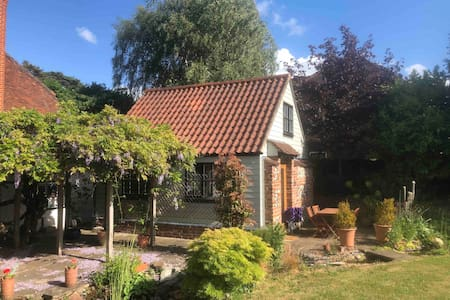 Lovely new flat in grounds of medieval farm house
