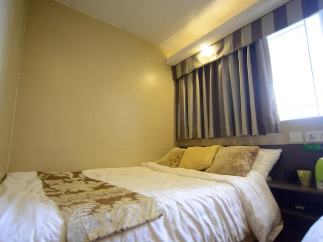 MongKok CBC Exquisite Double Room(Private Bathroom