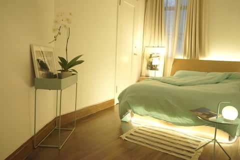 Xintiandi amazing French apartment
