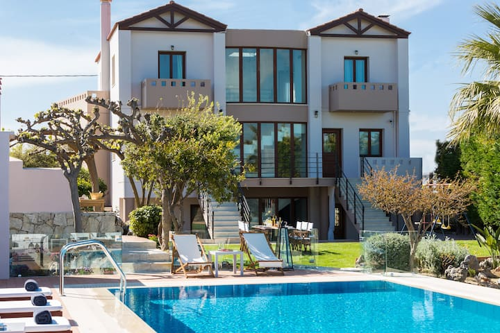 Luxury Villa Margarita - Episkopi - วิลล่า