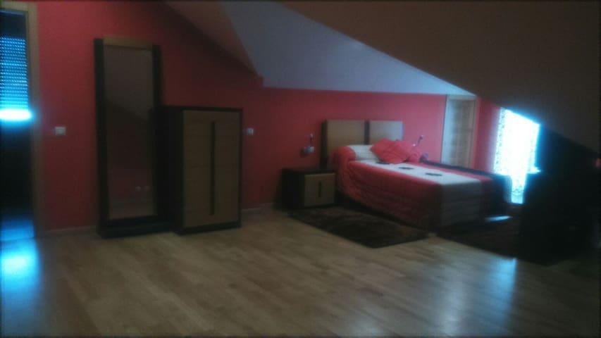 Habitación doble en Pontevedra - Pontevedra - Casa