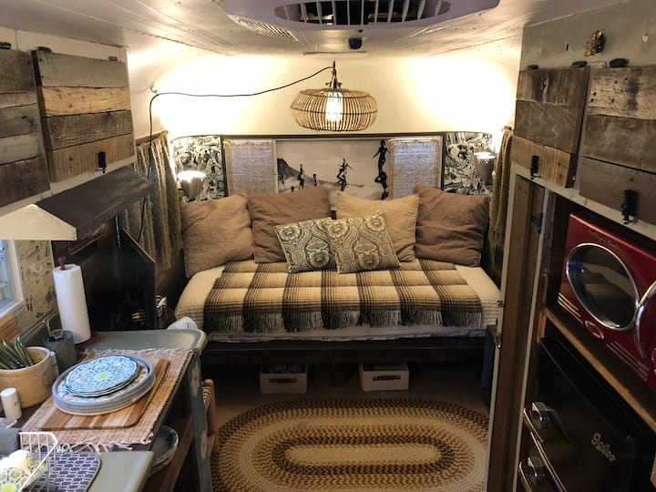 The Boho Bus Vintage island retreat '61 Streamline