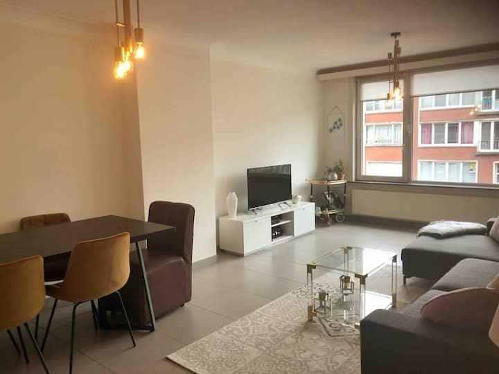 A quiet bedroom 15 minutes from Antwerp center.