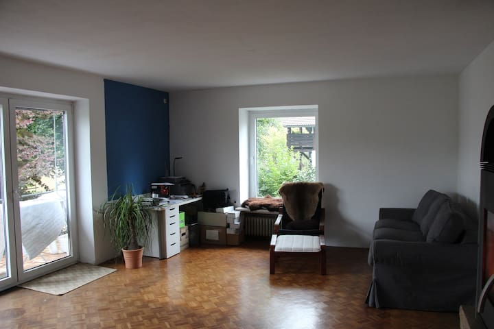Family Friendly Apartment close to center - Passau - Hus