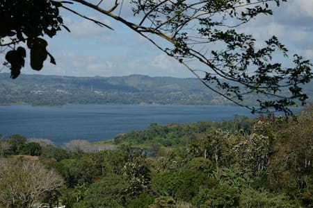 Cabaña overlooking Lake Arenal - Tilaran - Natur lodge