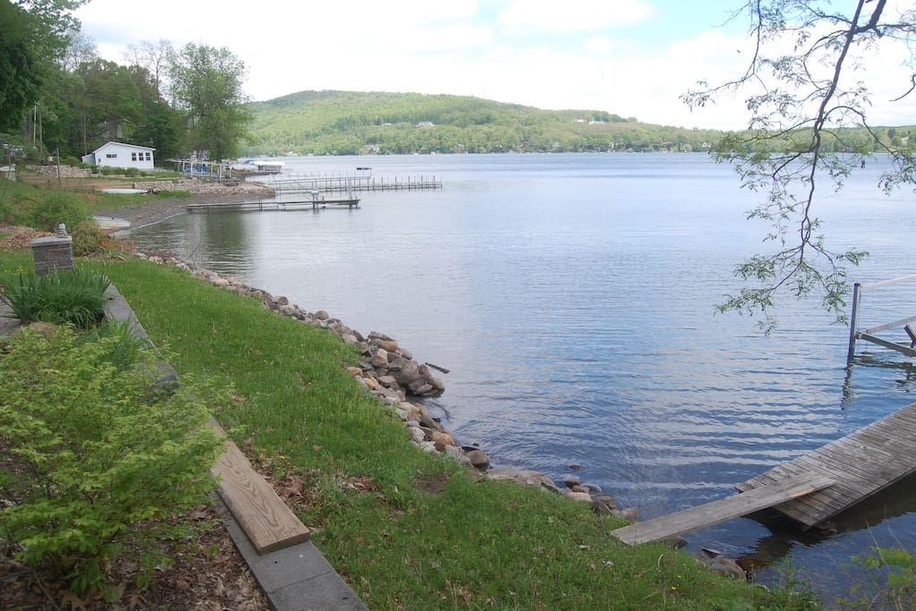 Lake frontage 140 feet