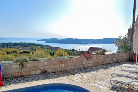 Five Bedroom Villa with Terrace, Pool & Sea view - Dubrovnik