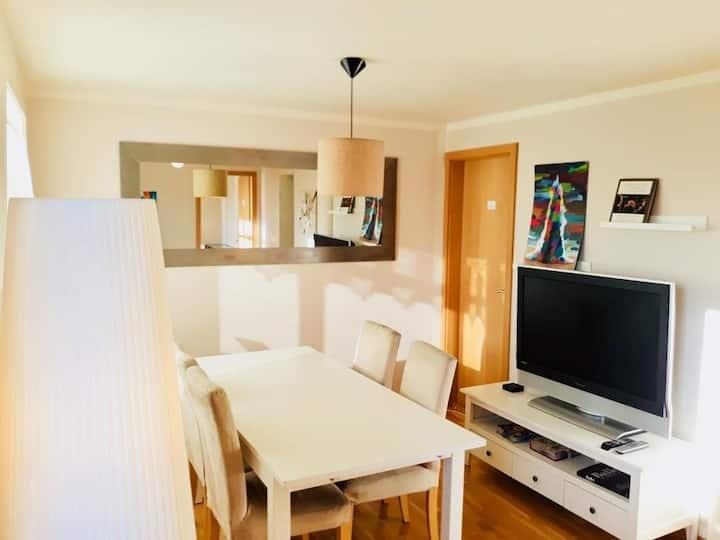 Cozy Room in the Center of Höfn