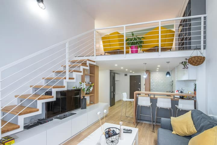 Unique Mezzanine Apartment in the city center