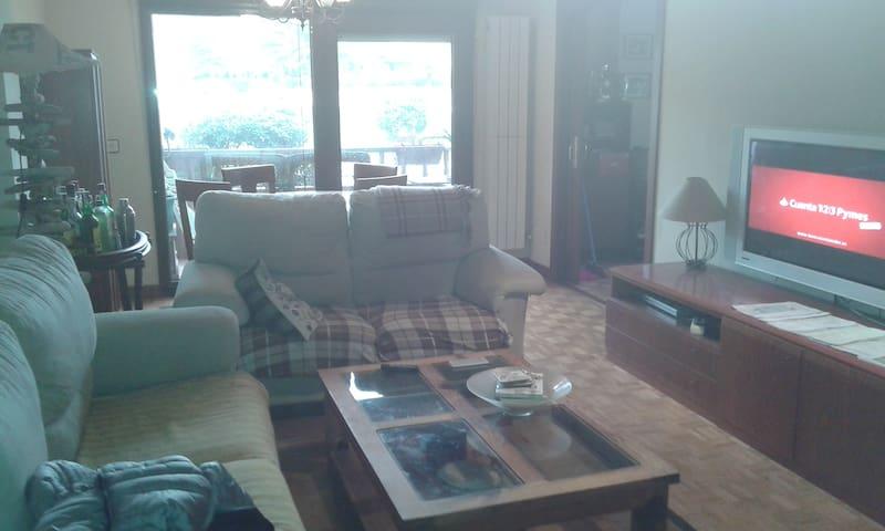 Piso de 3 habitaciones en Salinas - Salinas - Appartement
