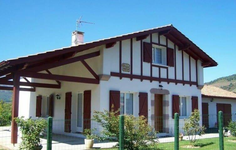 Belle maison au coeur du Paysbasque
