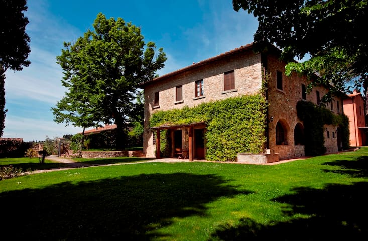 Tignanello Farmhouse 4+2 people - San Casciano in Val di pesa - Apartament