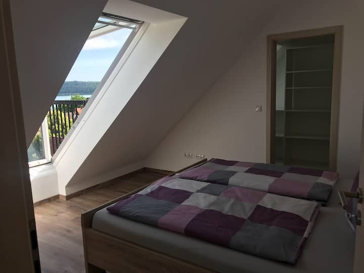 Sonniges 4 **** DG-Apartment mit Aufzug+Seeblick
