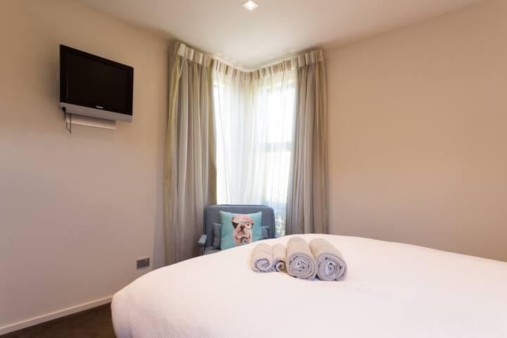 Central location spacious room 3 in Queenstown - Queenstown - Casa