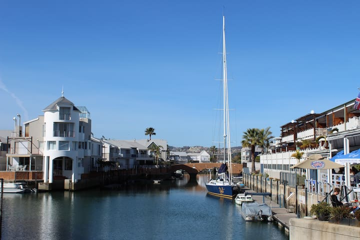 Knysna 19 Quay West, Knysna Quays Waterfront