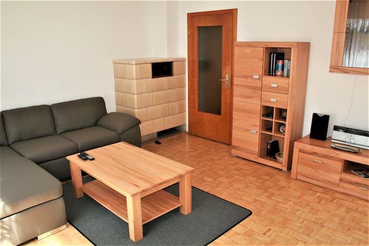 Haus am Waldrand, (Triberg-Gremmelsbach), Ferienhaus für 2 bis 9 Pers